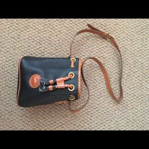 Dooney and Bourke bucket bag